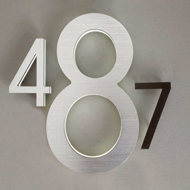 "Luxello  |  Modern LED House Number 10"" Outdoor"