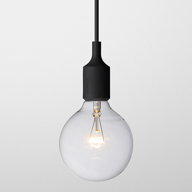 Muuto E27 pendant lamp in black