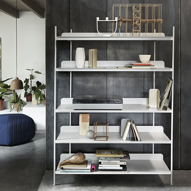 Arrange the shelves from the prearranged configurations.