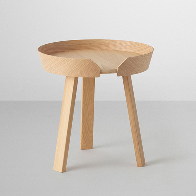Muuto Around Table in oak