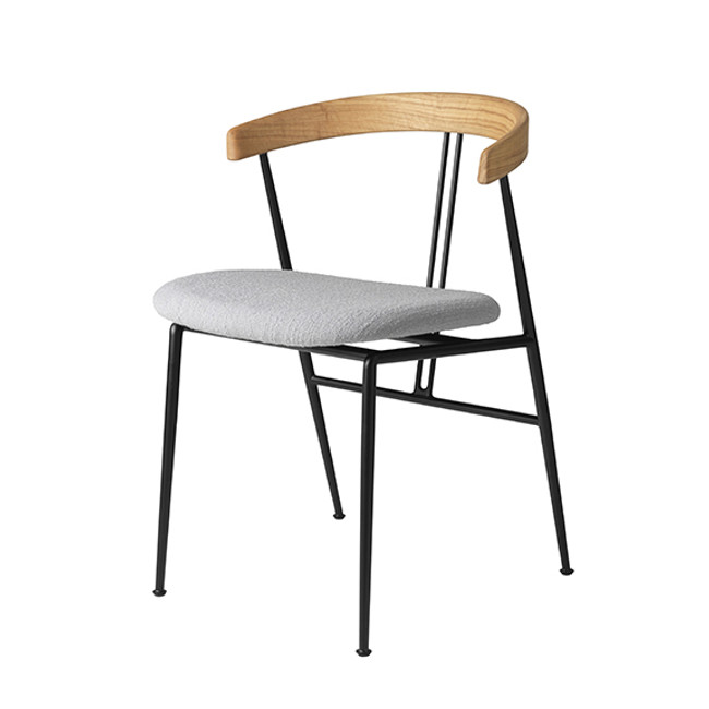 Gubi  |  Violin Chair Seat Upholstered