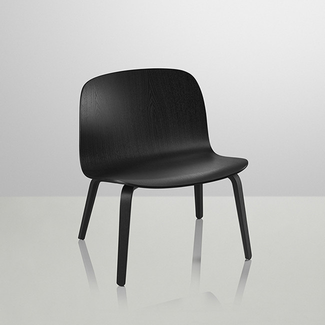 Muuto Visu Lounge Chair in Black