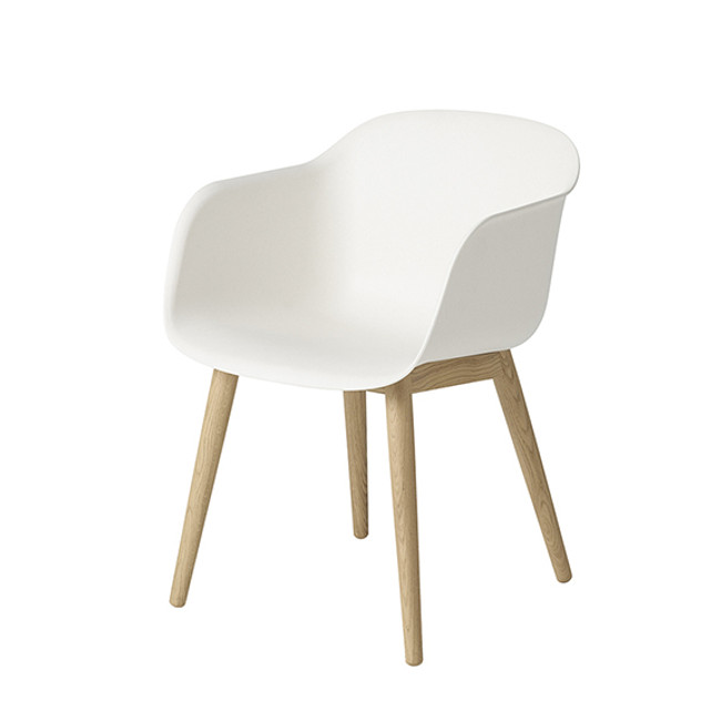 Muuto Fiber Chair Wood Base in Natural white seat / oak base