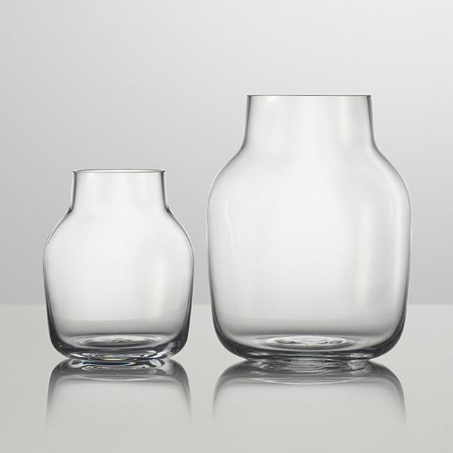 Muuto Silent Vase in clear