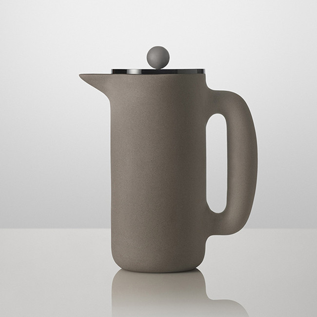Push Coffee Maker by Muuto is designed for brewing pressed coffee