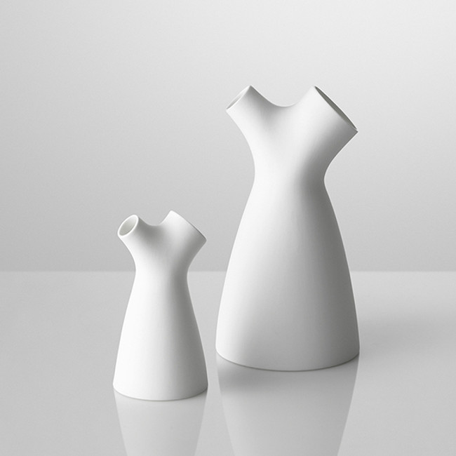 Muuto Flow jug is a decorative milk jug available in two sizes