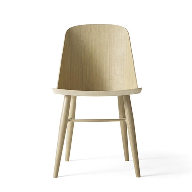 Menu Synnes Chair in natural oak