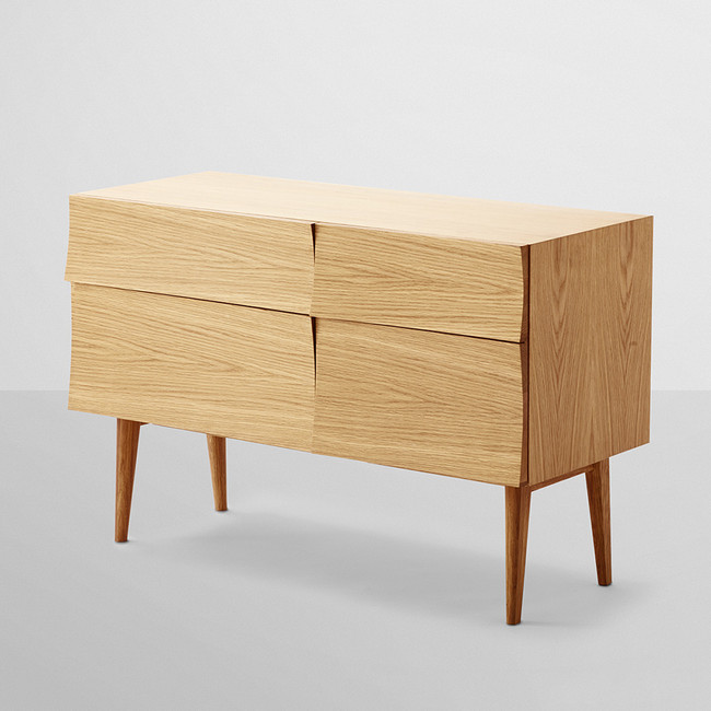Muuto Reflect Sideboard Small in oak