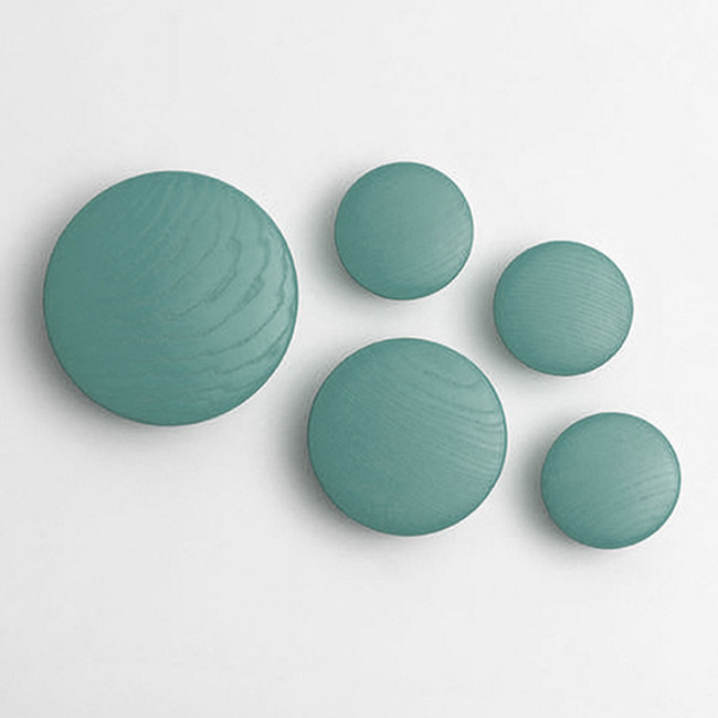 Muuto dots in petroleum