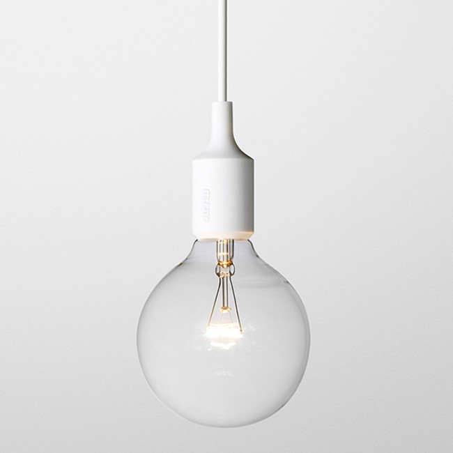 Muuto E27 pendant lamp in white