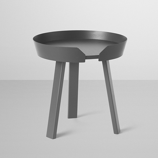 Muuto  |  Around Coffee Table Small Anthracite