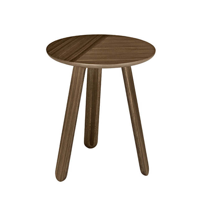 Gubi Paper Table Small in Walnut