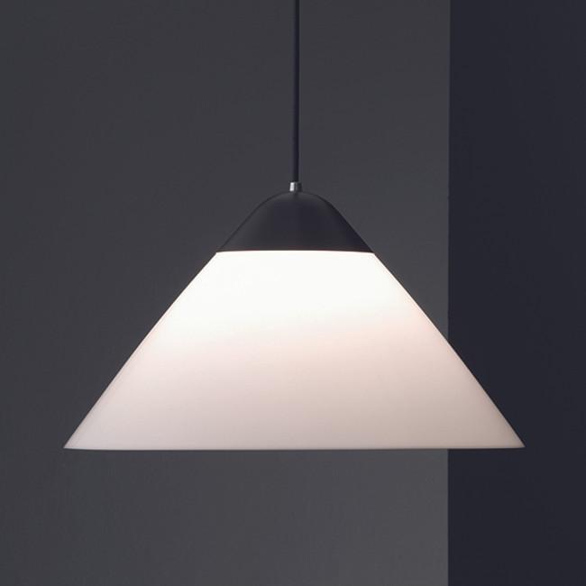Hans J. Wegner, Opala Pendant in black