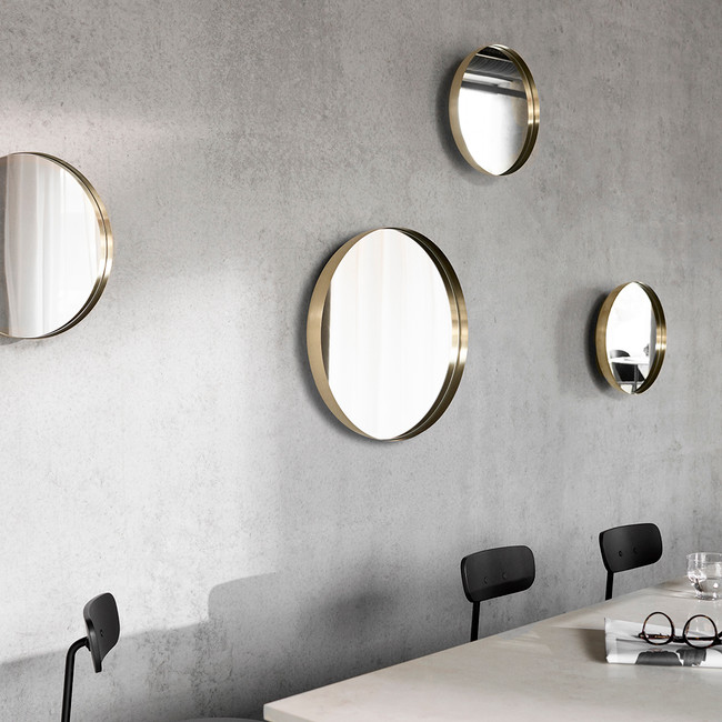 Menu Darkly Mirror Brushed Brass