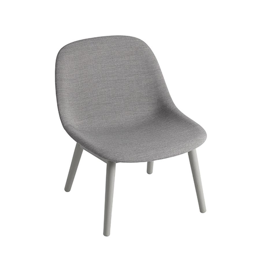 Muuto Fiber Lounge Chair Woodbase in Remix 133/grey base
