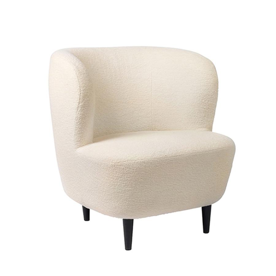 Gubi Stay Lounge in Gubi Harp 24 fabric