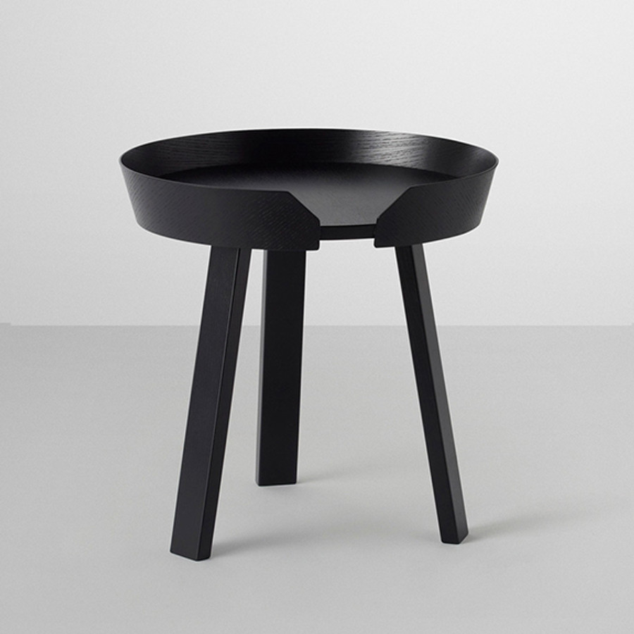 Muuto Around Table in black