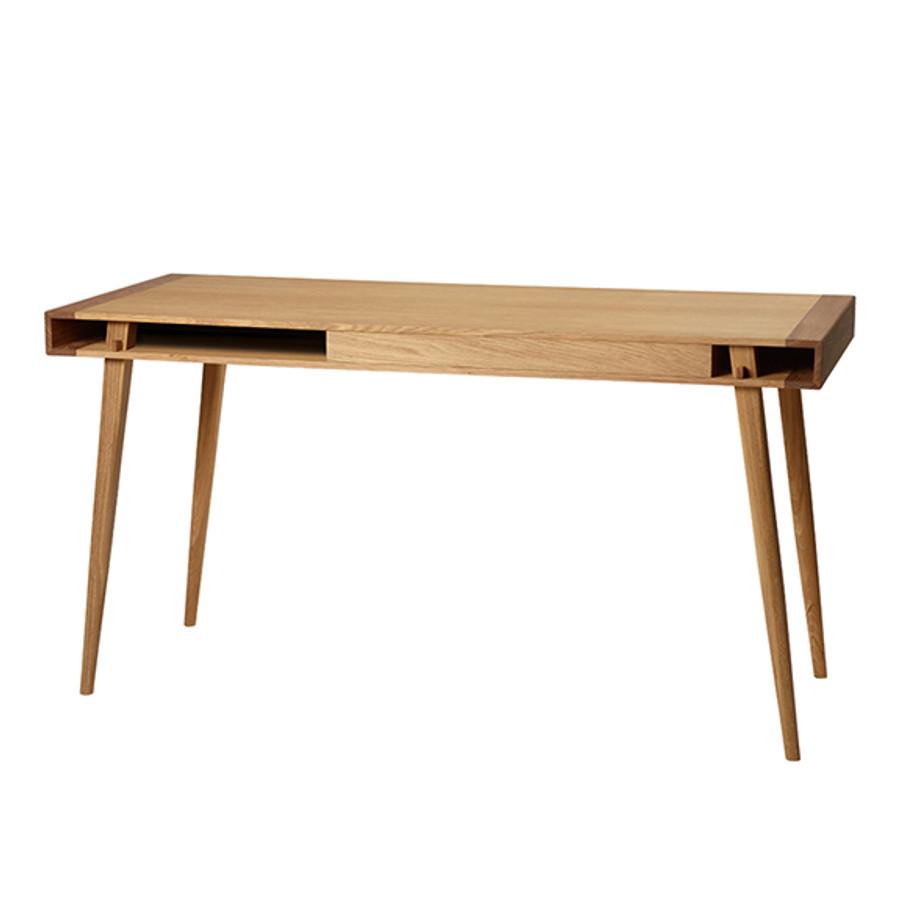 Poet Desk by Nordic Tales