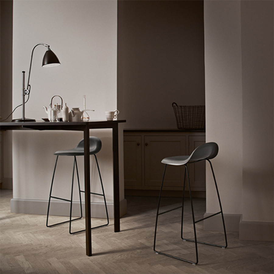 The 3-D design gives the chair a comfortable seat and sense of lightness.