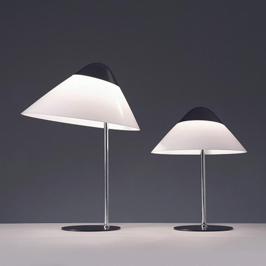 Hans J. Wegner, Opala Mini Table Lamp in black