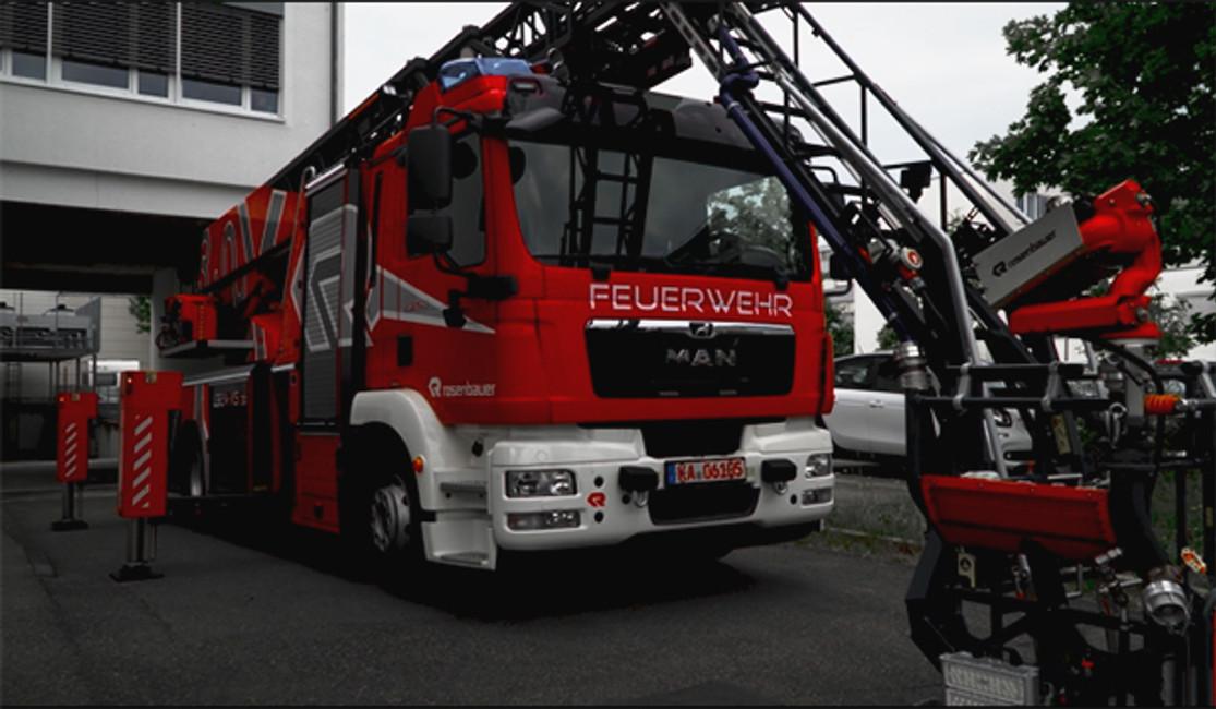 Customized Firetruck with EinScan Pro HD