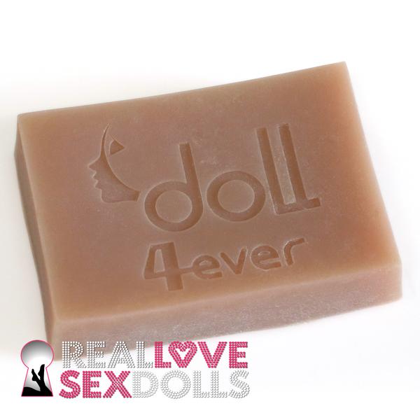 Block of Doll-forever / Piper Doll Platinum TPE Sample in Light Tan.