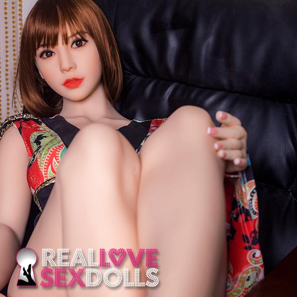 Sexy milf full figure premium TPE love doll 172cm Reina