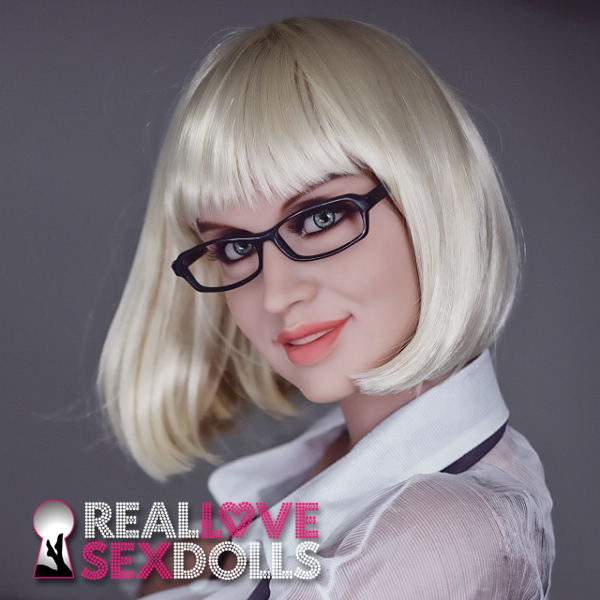 Platinum blonde pageboy cut wig for premium TPE sex dolls