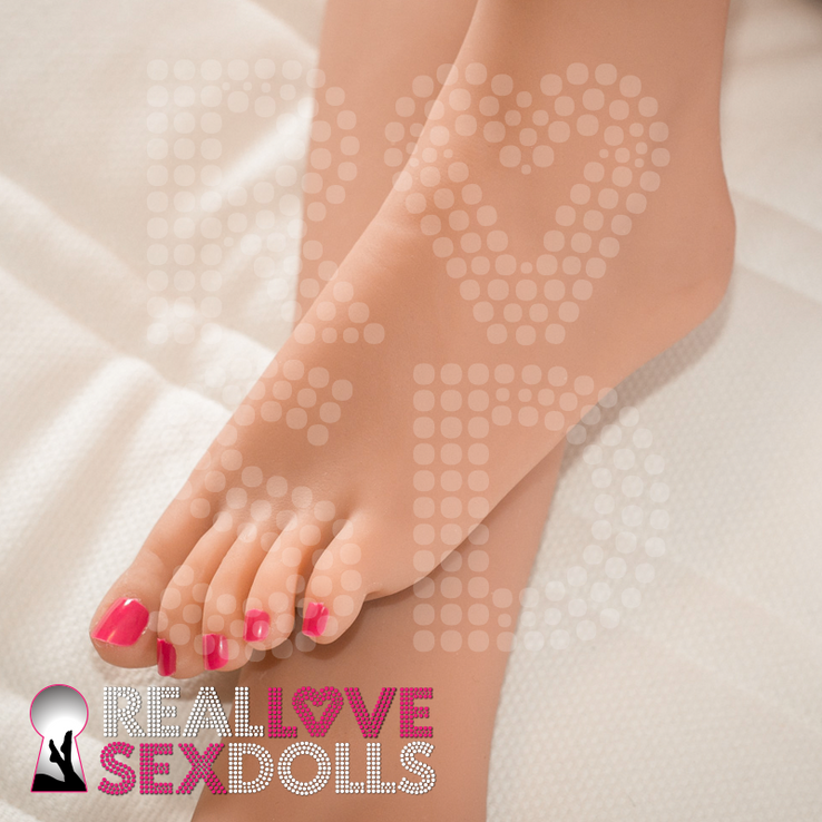 Sex Doll Feet 174cm B-cup with puffy nipples