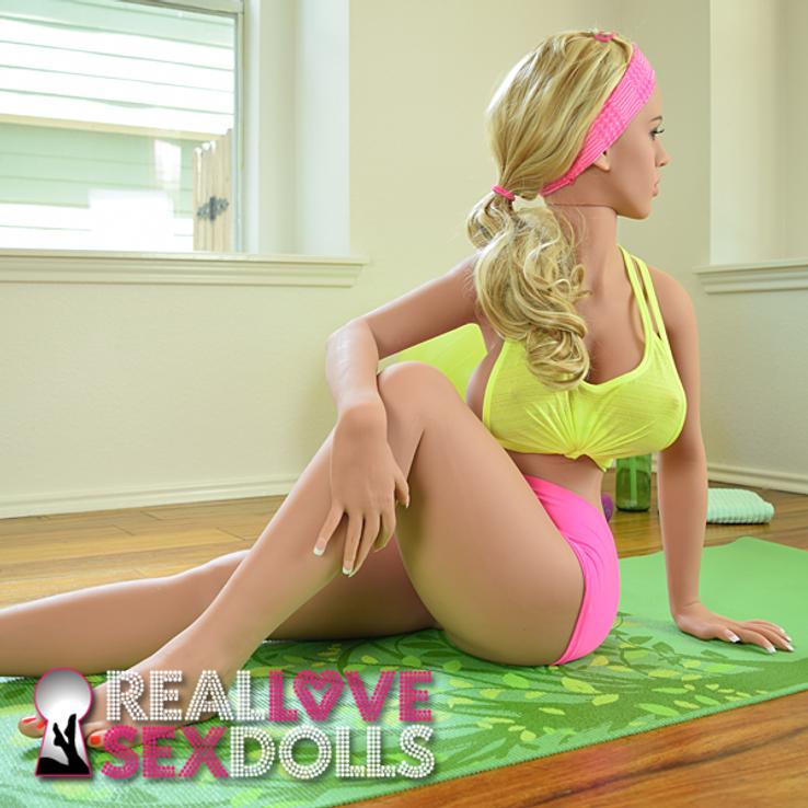 Realistic Big Butt, Big Thigh, Big Boob, lifelike sex doll 141cm 4ft5