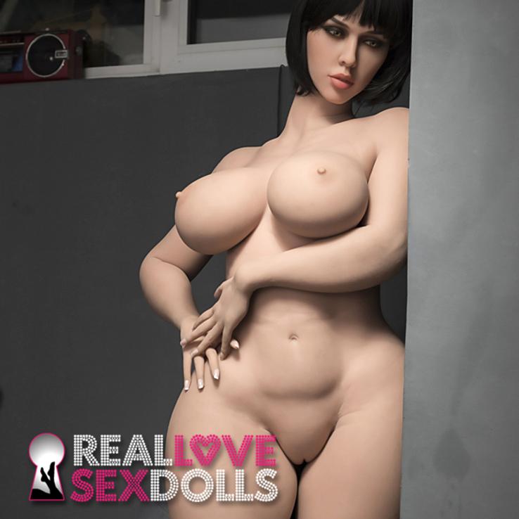 Thick sexy lover hot girlfriend sex doll Jasmine and Comedian Ryan Davis