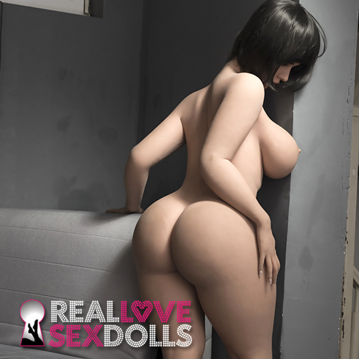 Thick sexy lover hot girlfriend sex doll Jasmine and Comedian Ryan Davis