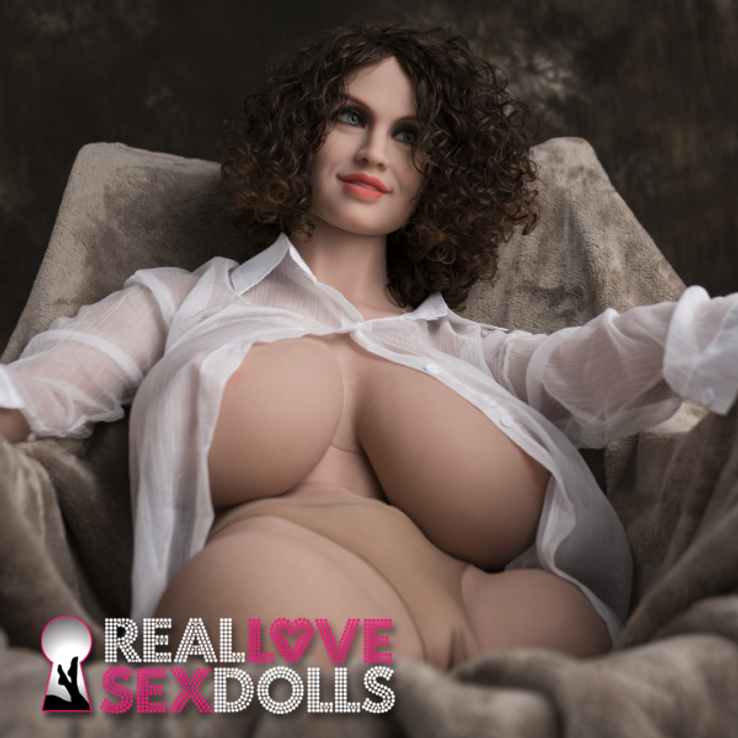 Incredible busty T&A lover big ass premium TPE sex doll 85cm M-cup torso with arms Tierra