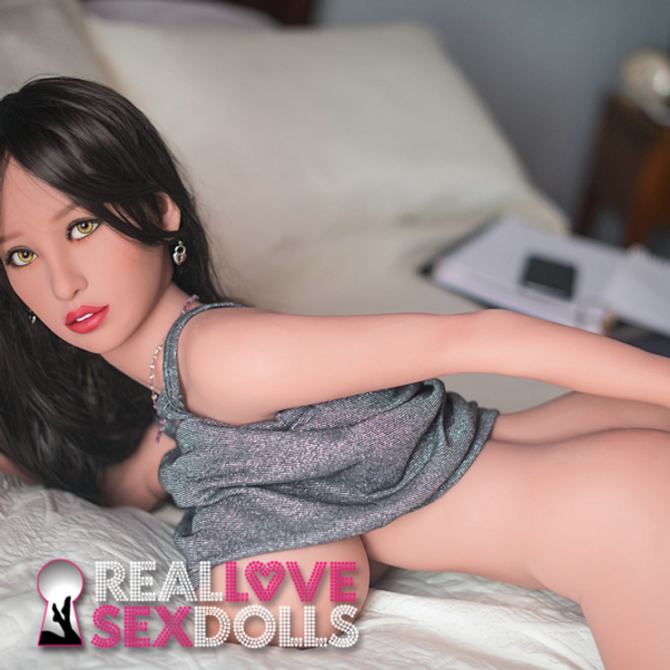 Busty little spoon afternoon delight realistic premium TPE sex doll 140cm N-cup Brianna