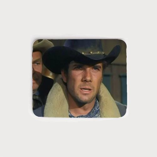 Robert Fuller as Jess Harper in The Fugitives episode of Laramie