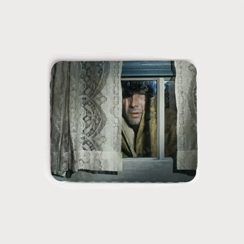 Robert Fuller neoprene mouse pad - The Fugitives episode of Laramie. Jess peers in Mira's window.