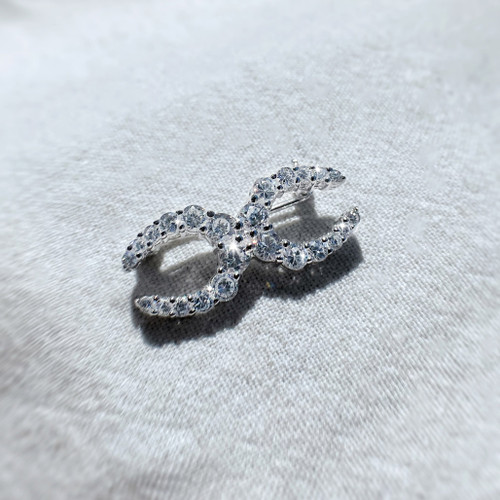 Two Horseshoe Stock Pin in Sterling Silver and Swarovski Crystals