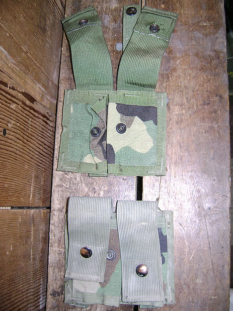 U.S. Military MOLLE Grenade Pouch (double)