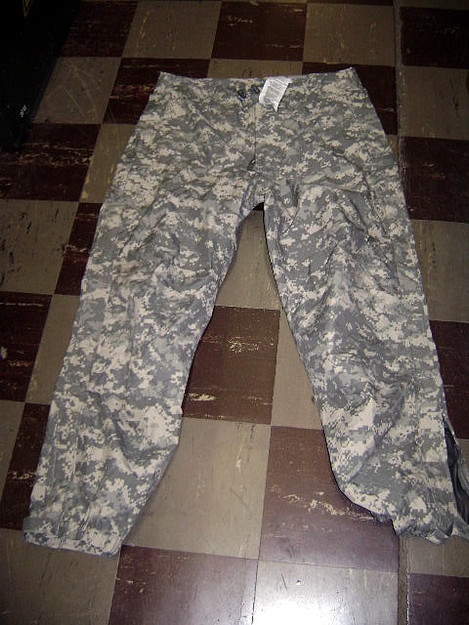 U.S. Military Extreme Cold/Wet Weather Trousers