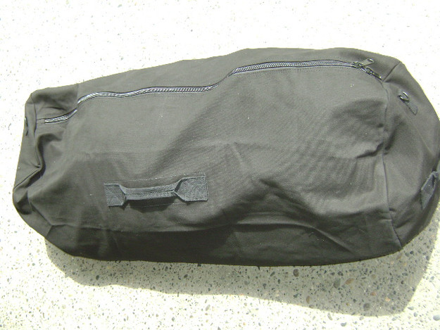 "Black 25"" x 42"" Zipper Duffle Bag"