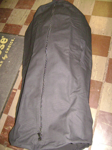 "Black 30"" x 50"" Zipper Duffle Bag"