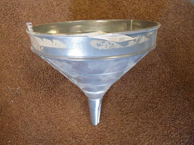 Italian Arm Aluminum Funnel