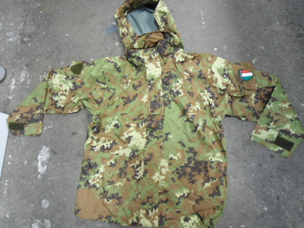 Italian Army Vegetato Gore-Tex Jacket with Hood