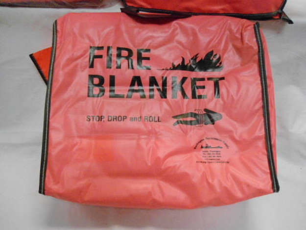 US Military Wool Fire Blanket With Bag