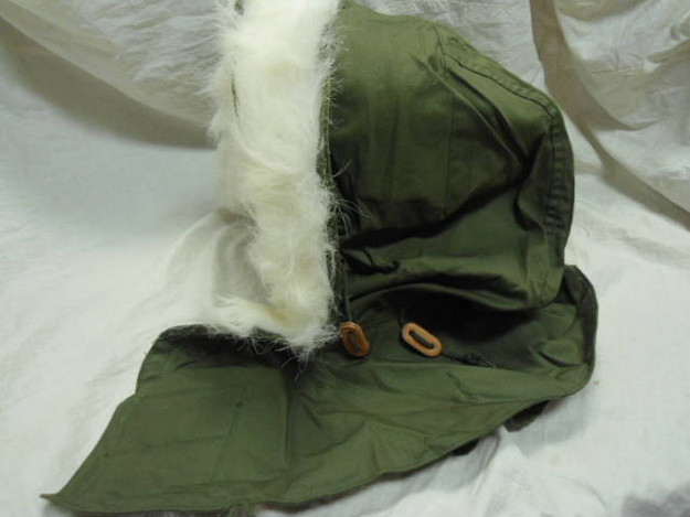 U.S. Military ECWS Hood with Synthetic Fur (OG-107)
