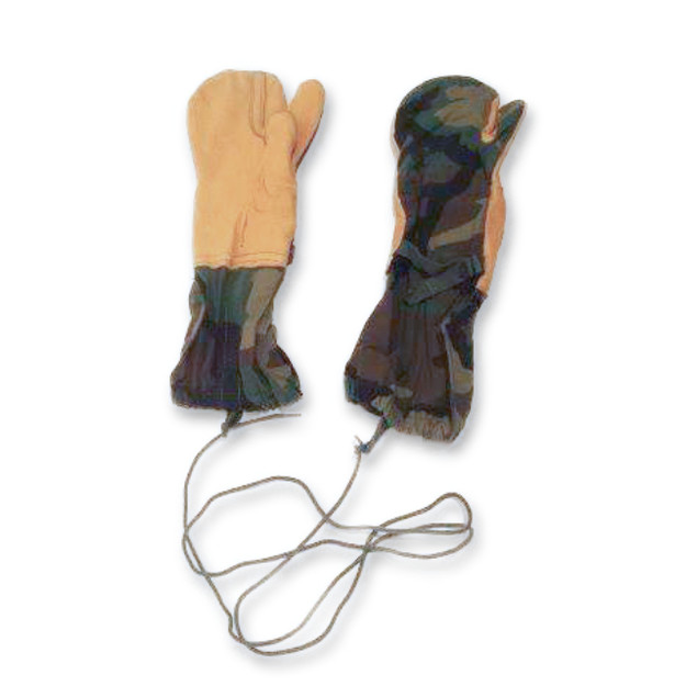 U.S. Military Cold Weather Mitten Shell (Camouflage)