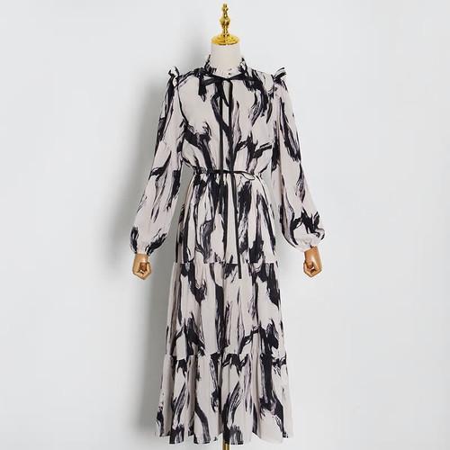 Black and white Print Wide Sleeve Dress