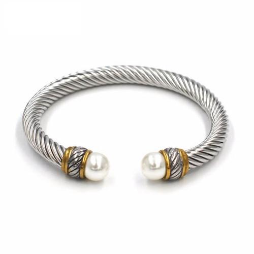 Twisted Wire Pearl Bracelet