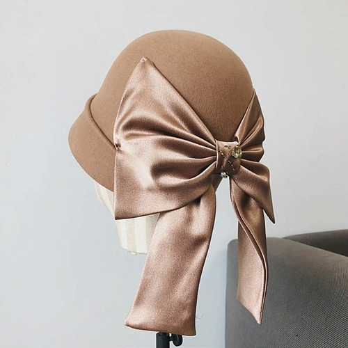 Vintage Style Cloche Bow Hat