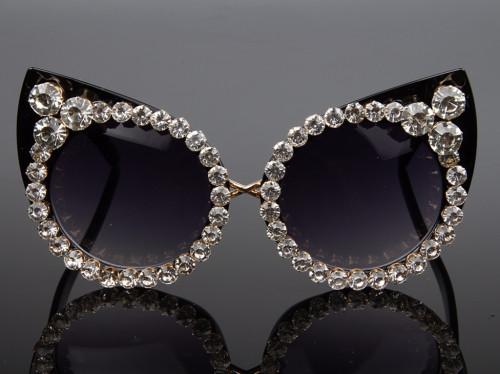 Rhinestone Cat Eye Vintage Style Sunglasses